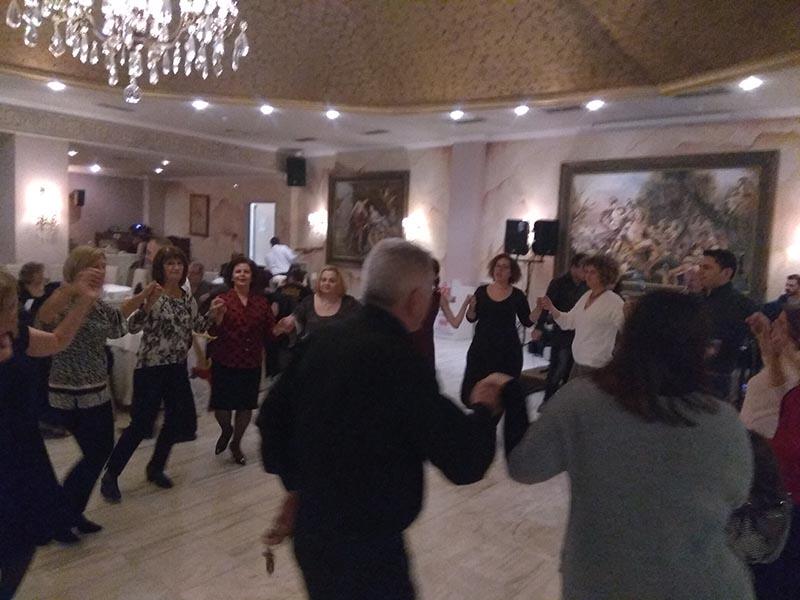 Με κέφι και χορό η συνεστίαση των κομματικών οργανώσεων του ΚΚΕ στο Αγρίνιο (φωτο)