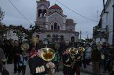 Η λιτάνευση της Ιερής Εικόνας του Αγίου Νικολάου στα Καλύβια (φωτο)