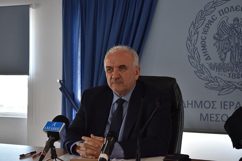 Για θεσμικό ατόπημα Λιβανού κάνει λόγο ο Λύρος