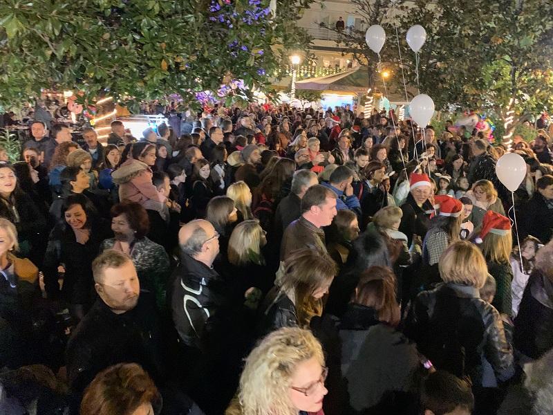 Αναβάλλεται για αύριο Τρίτη η χριστουγεννιάτικη γιορτή στην κεντρική πλατεία του Αγρινίου