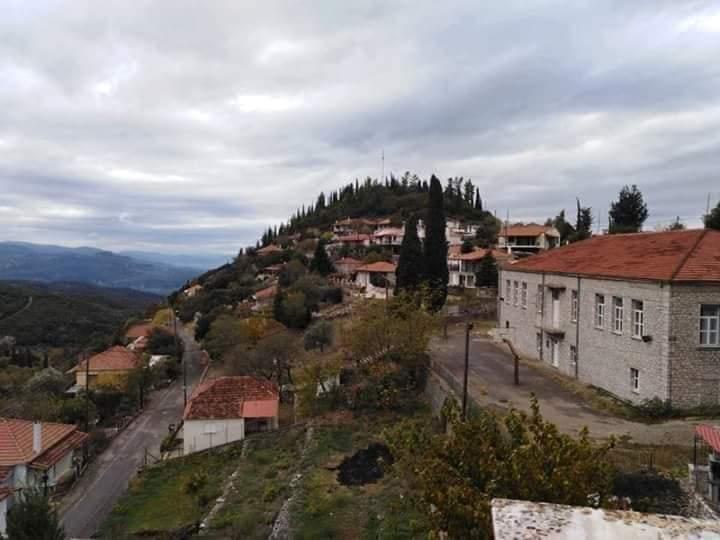 Πρόταση για συνέδριο στην Ανάληψη Τριχωνίδας όπου είχε στρατόπεδο ο Γ. Καραϊσκάκης