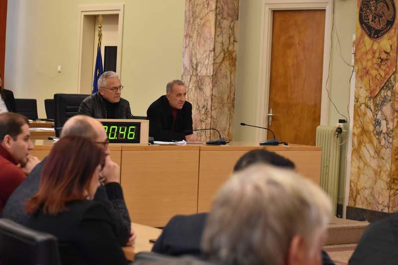 Δια περιφοράς συνεδριάζει την Μεγάλη Δευτέρα το Δημοτικό Συμβούλιο Αγρινίου
