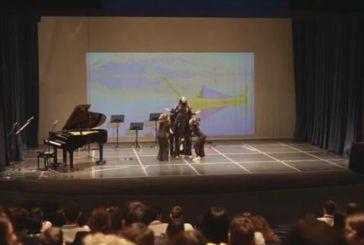 Εντυπωσίασε η χορογραφική απόδοση του ποιητικού έργου του Παλαμά από το Καλλιτεχνικό Γυμνάσιο Μεσολογγίου