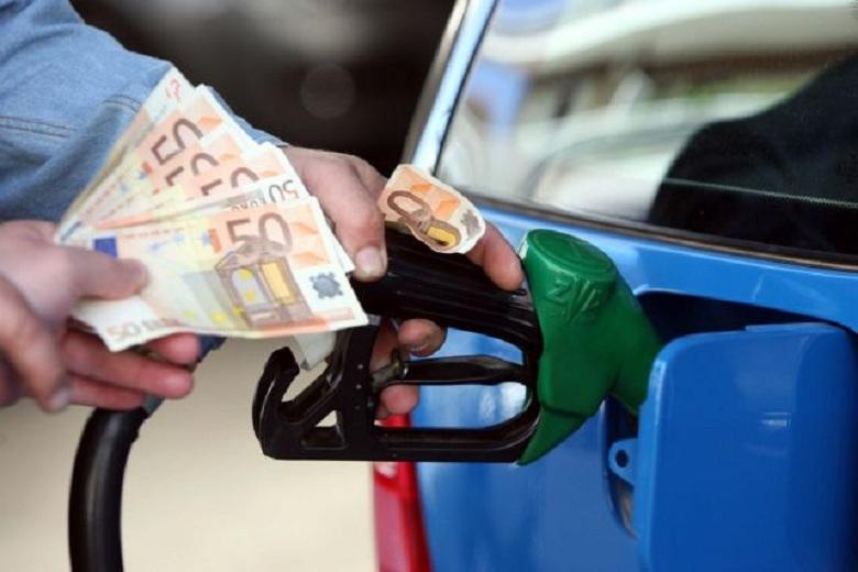 Καύσιμα: Φόβοι για ανατιμήσεις λόγω της έντασης στον Κόλπο – Σε εγρήγορση το ΥΠΑΝ