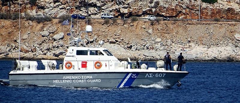 Εξελίσσεται σε πολύνεκρη τραγωδία το ναυάγιο με μετανάστες στους Παξούς