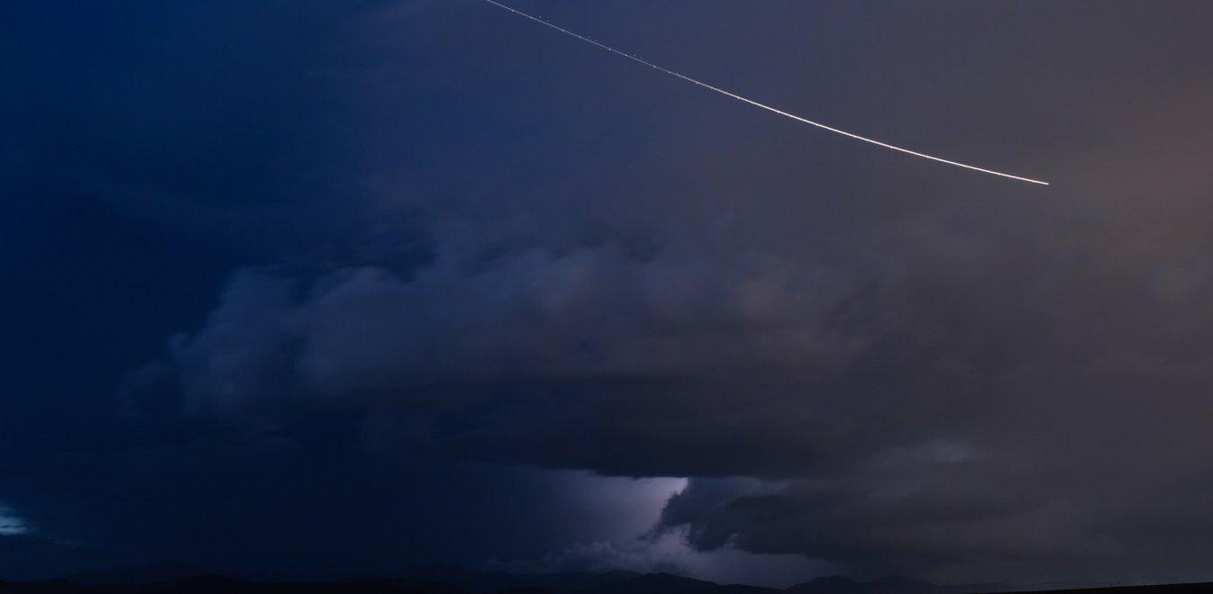 Μυστήριο γύρω από την πτώση μετεωρίτη στην Αίγινα – Τι λέει η Αντιπεριφερειάρχης