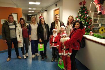 Ο Σύλλογος Γονέων του Δημοτικού Σχολείου Δοκιμίου στην Παιδιατρική Κλινική του Νοσοκομείου Αγρινίου