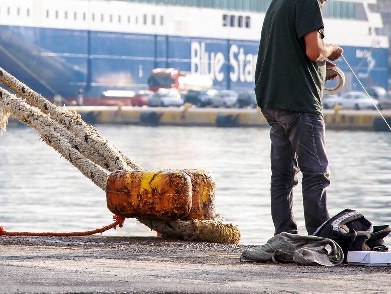 Aνακοίνωση του Λιμενικού για την πτώση 47χρονου στη θάλασσα στο Αντίρριο