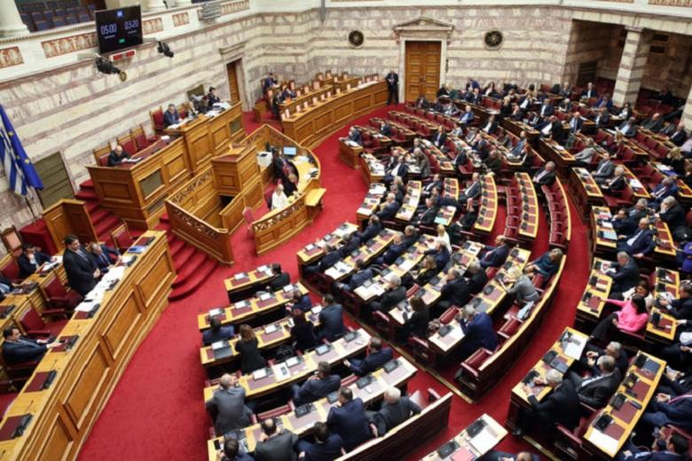 Εκλογές ή ανασχηματισμός: Οι σκέψεις της κυβέρνησης για την μετά καραντίνα εποχή
