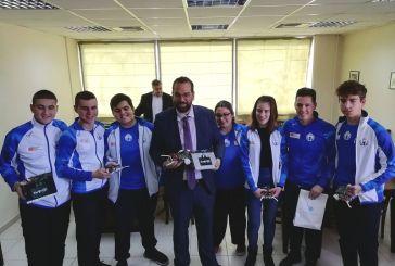 Ο Ν. Φαρμάκης βράβευσε Αιτωλοακαρνάνες μαθητές που συμμετείχαν στην 21η Ολυμπιάδα Ρομποτικής