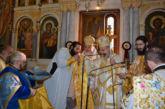 Εορτή της Παναγίας της Παραμυθίας και χειροτονία Πρεσβυτέρου στο Αγρίνιο (φωτο)