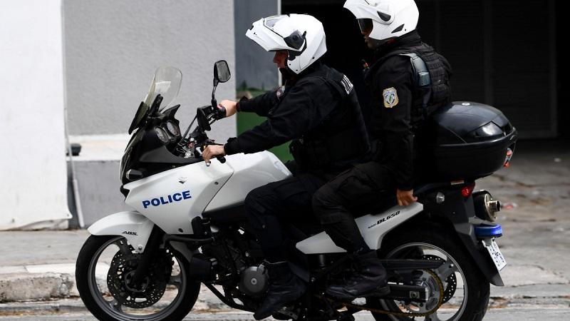 45χρονος οδηγούσε μεθυσμένος και χωρίς δίπλωμα στη Ναύπακτο