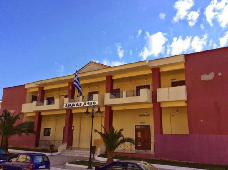 Συνήγορος του Πολίτη: Στον εισαγγελέα o δήμος Ξηρομέρου για παράνομη επέκταση κοιμητηρίου