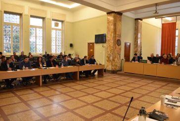 Συνεδριάζει κεκλεισμένων των θυρών την Δευτέρα το Δημοτικό Συμβούλιο Αγρινίου
