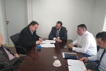 Σύμβαση για έργα βελτίωσης στον οδικό άξονα Μπαμπίνη – Μύτικας