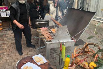 «Φεστιβάλ»… τσίκνας στο Αγρίνιο, καιρού… μη επιτρέποντος!