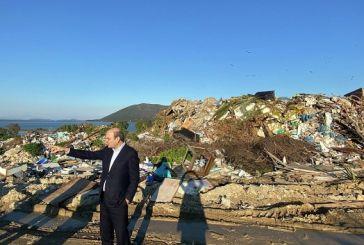 Αυτοψία Χατζηδάκη στη χωματερή της Λευκάδας-τα σκουπίδια έρχονται στον ΧΥΤΑ Παλαίρου