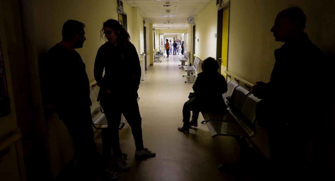 Το Δημόσιο ζητά 50.000 ευρώ από νοσηλεύτρια που είχε μετατρέψει το 14 του απολυτηρίου Λυκείου σε… 20!