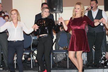 """Γλέντι μέχρι πρωίας στον χορό του Πολιτιστικού Συλλόγου Νεάπολης """"Το Παλαιόκαστρο"""" (φωτο)"""
