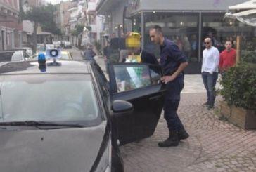 Πανικός στη Ζάκυνθο για τον αντικαπνιστικό νόμο: Θαμώνες στα χέρια με αστυνομικούς – Βίντεο