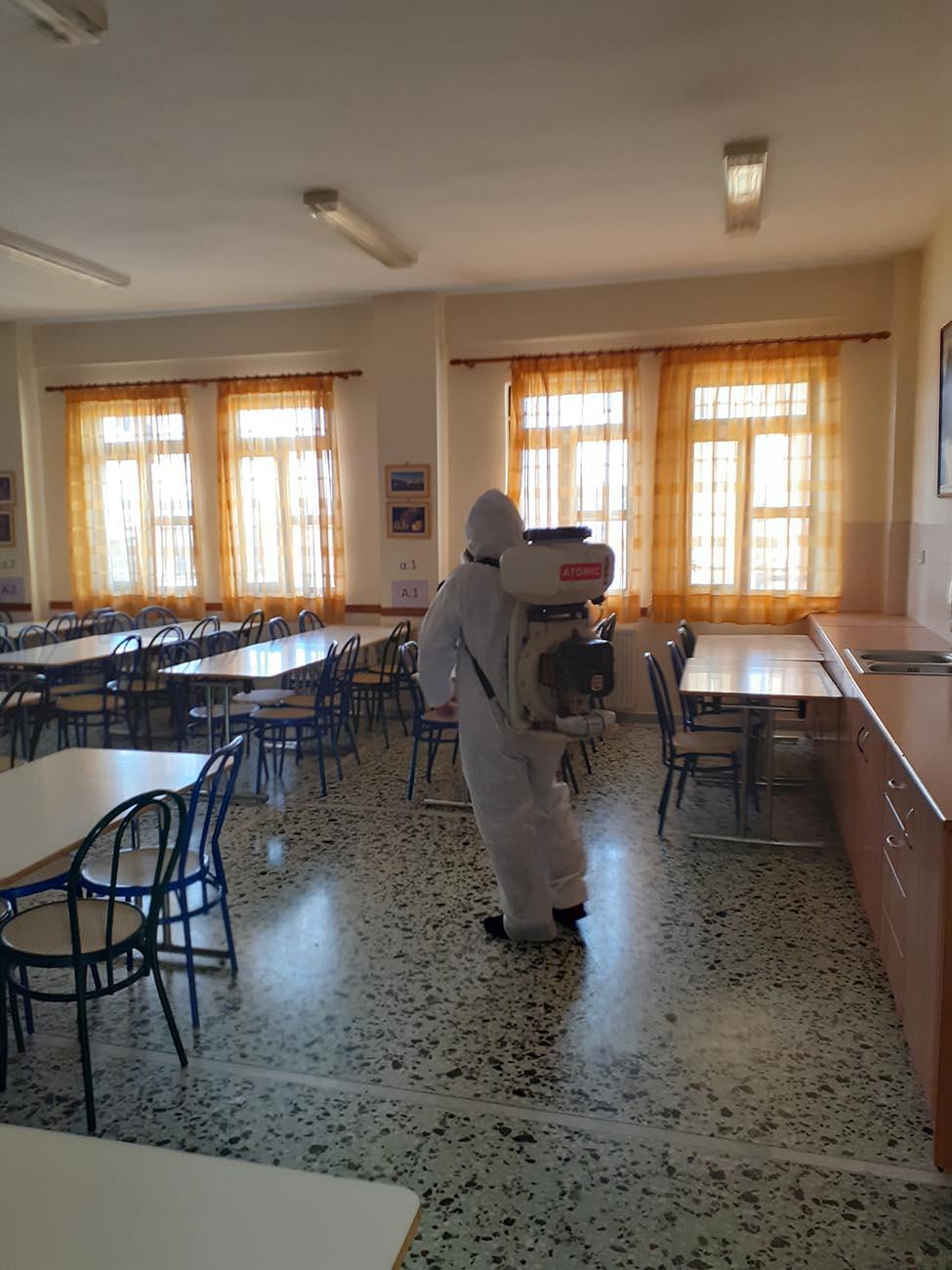 Στην τελική ευθεία η επιχείρηση «καθαρά χέρια» στα σχολεία: Προαιρετική η μάσκα λέει το υπ. Παιδείας