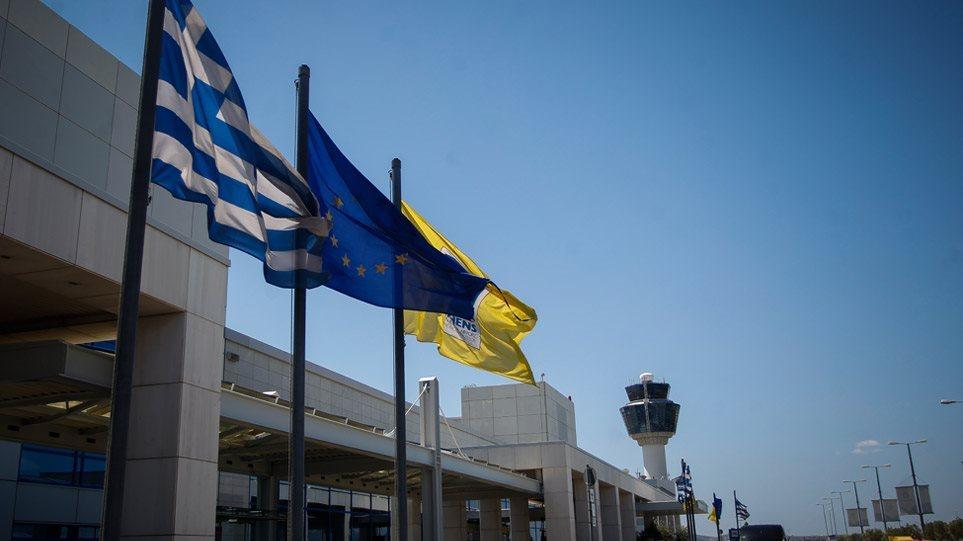 Κορωνοϊός: Διακόπτει τις αεροπορικές συνδέσεις με τη Βόρεια Ιταλία η Ελλάδα