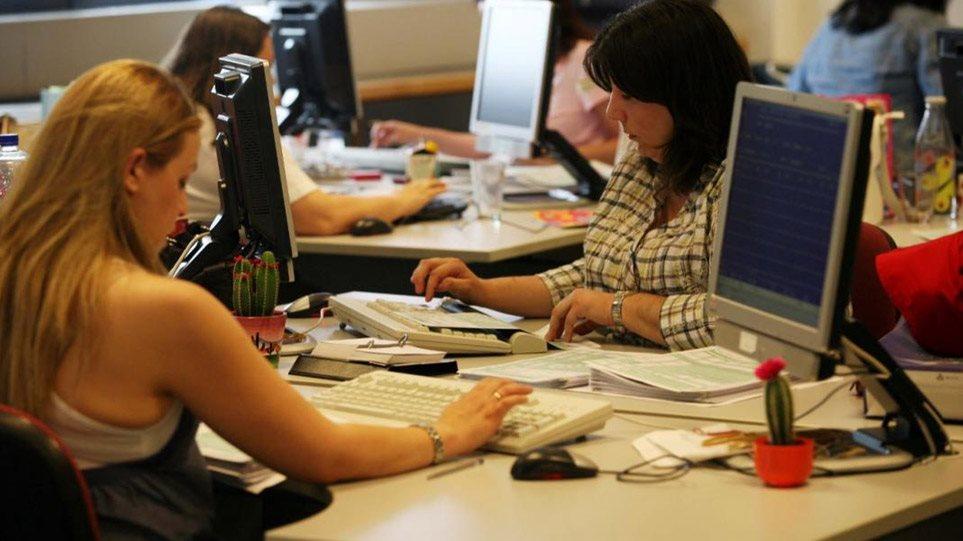 «Τρέχει» το πρόγραμμα για τις 100.000 επιδοτούμενες προσλήψεις – Ποιοι μένουν εκτός