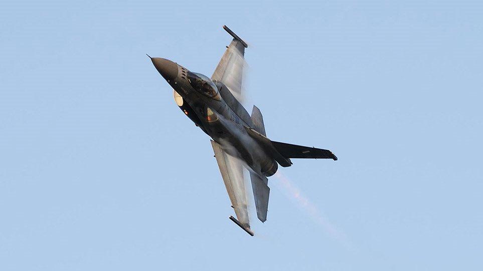25η Μαρτίου – Κορωνοϊός: Πτήσεις F-16 σε όλη τη χώρα σήμερα για την εθνική επέτειο χωρίς παρελάσεις