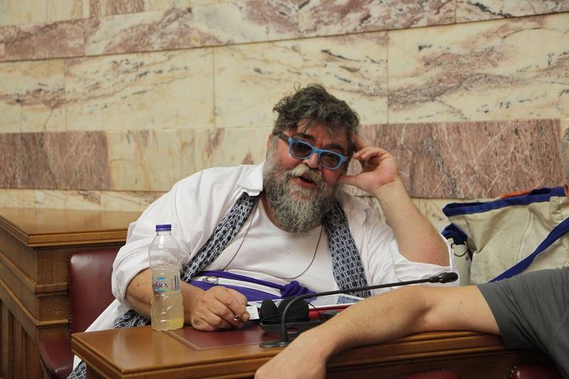 Κραουνάκης: Ο κορωνοϊός είναι εργαστηριακή επίθεση μείωσης πληθυσμών