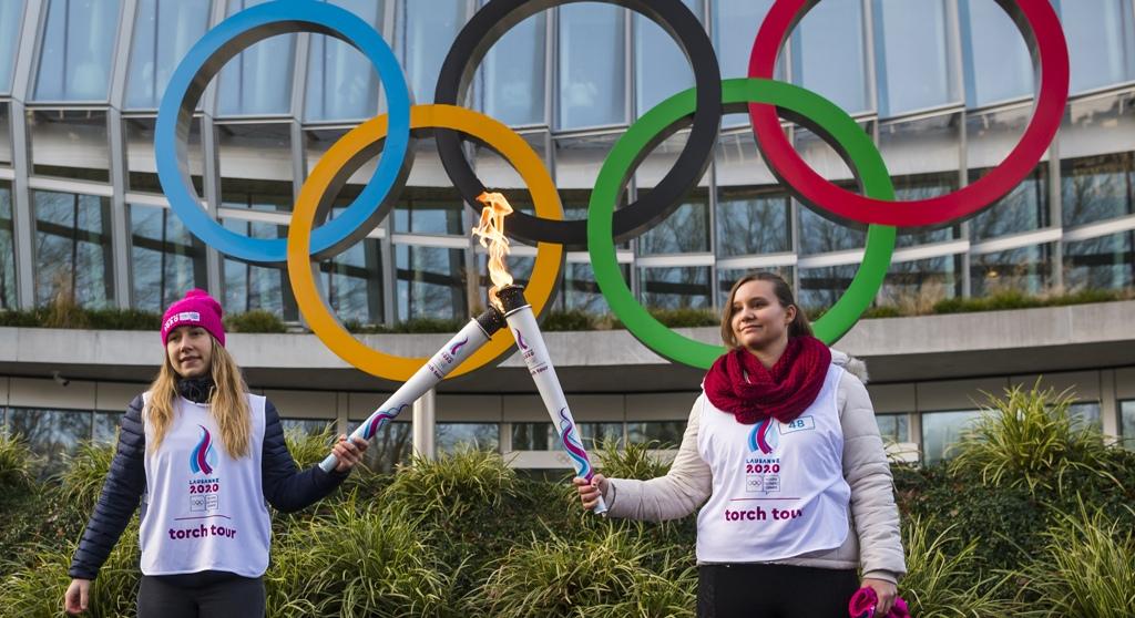 Κορονοϊός: Σβήνει κι η Ολυμπιακή Φλόγα! Διακόπτει τη Λαμπαδηδρομία η ΕΟΕ