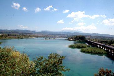 Λίμνη Στράτου: Ένας πανέμορφος υδροβιότοπος (φωτο)