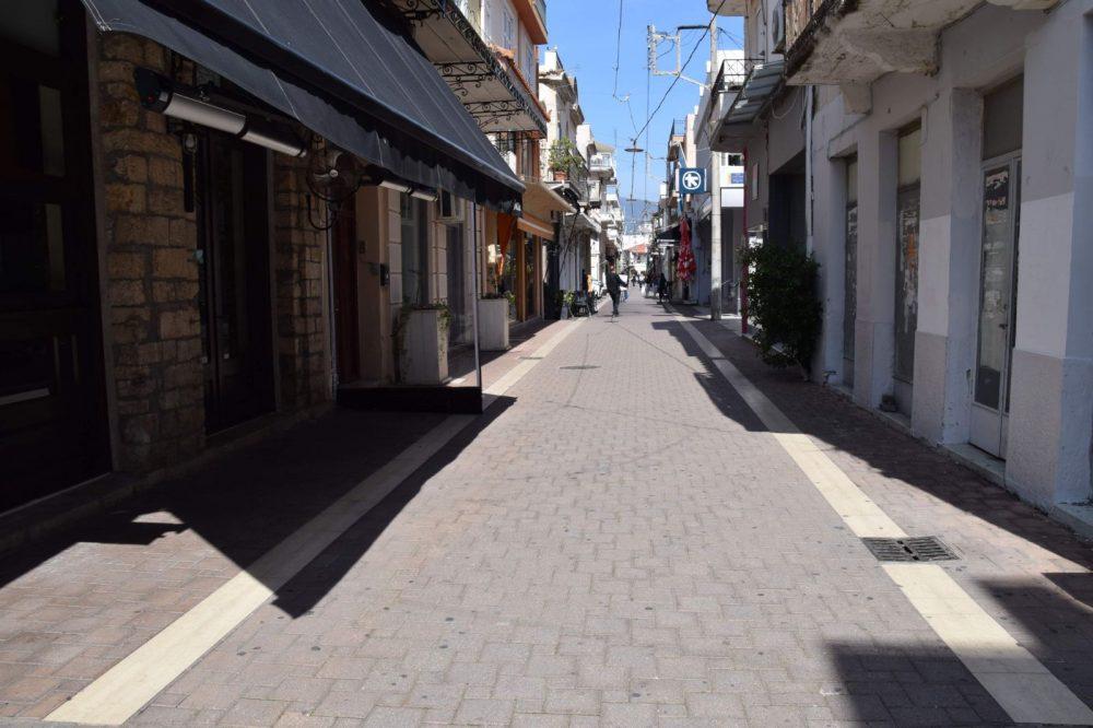 Μεσολόγγι: Κλειστά του Αγίου Πνεύματος τα εμπορικά καταστήματα