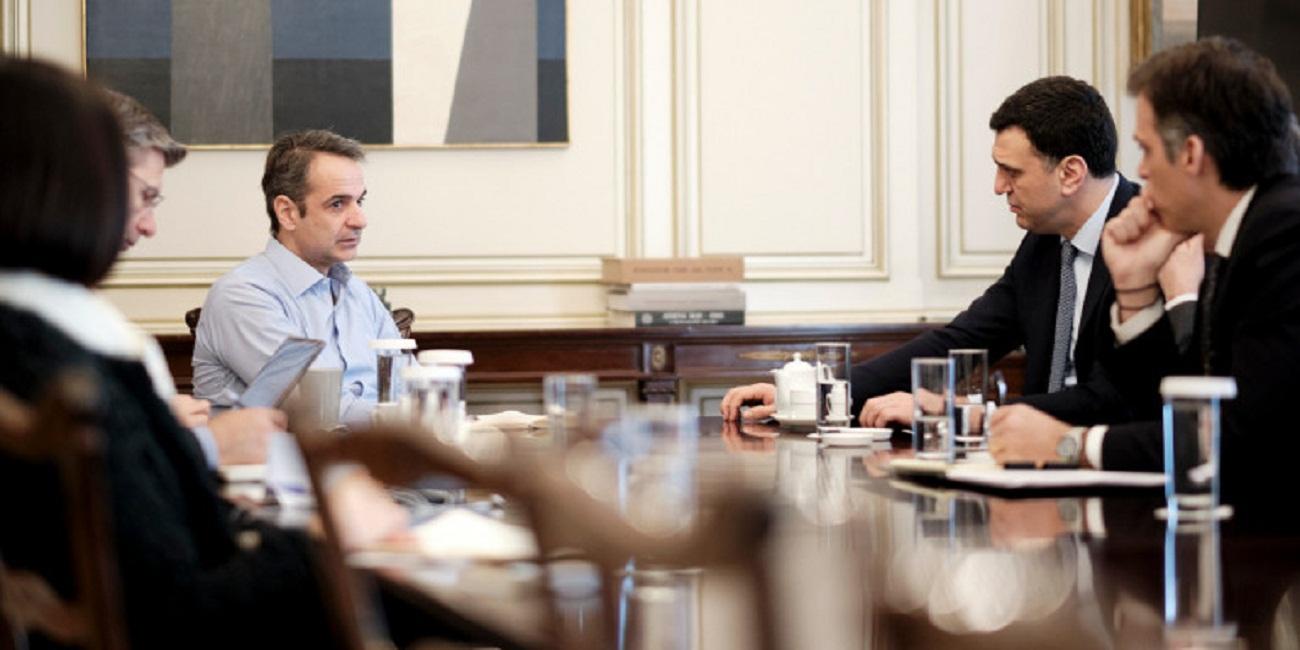 Κορωνοϊός: Ετοιμη και για νέα μέτρα η κυβέρνηση, αν χρειαστεί -Τι εξετάζουν