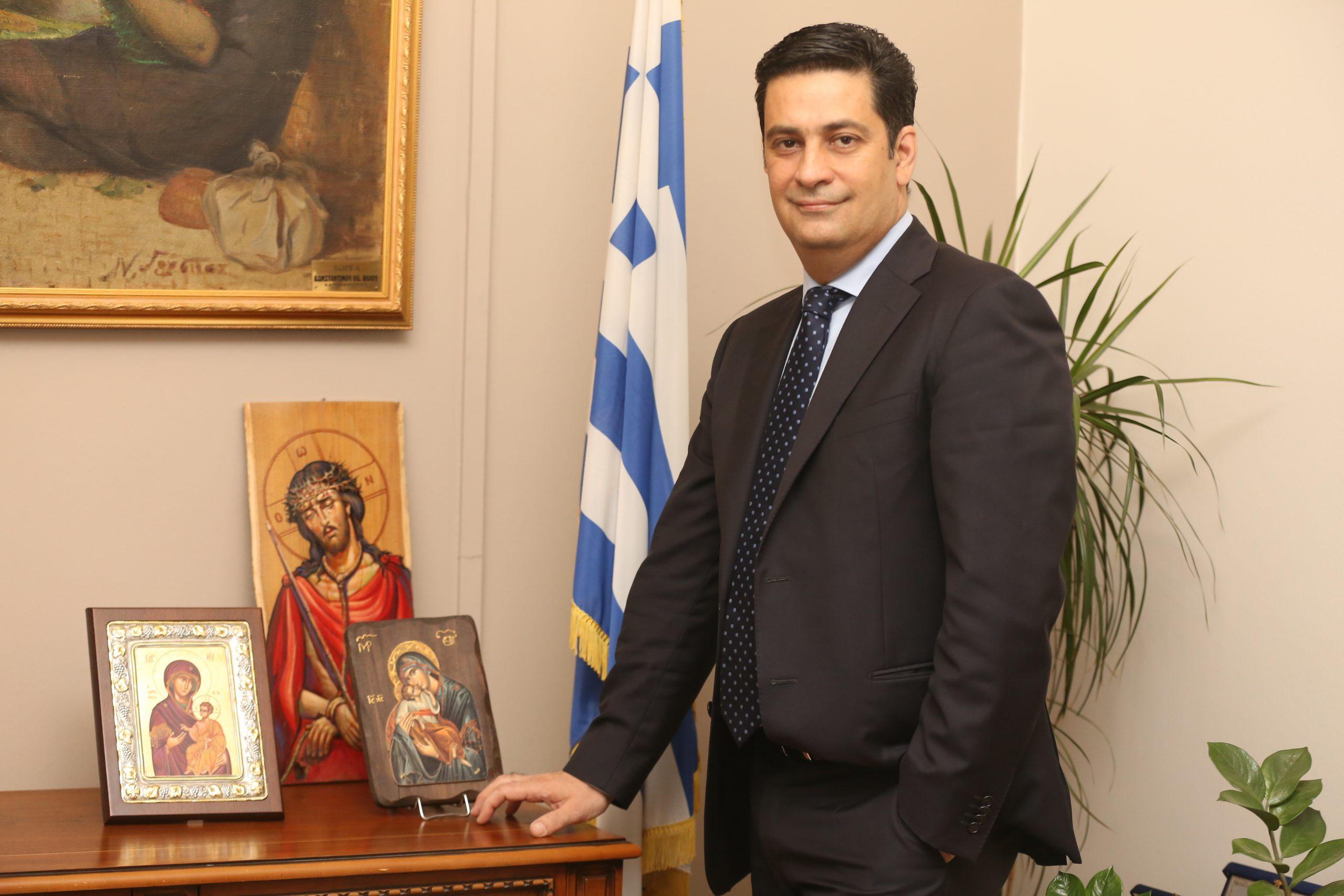 Ευχές του Δημάρχου Αγρινίου Γιώργου Παπαναστασίου για τα Χριστούγεννα
