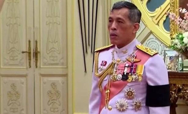 Κορωνοϊός: Σε καραντίνα μαζί με χαρέμι 20 γυναικών ο βασιλιάς της Ταϊλάνδης