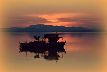Ας ξεχαστούμε με το σημερινό ηλιοβασίλεμα στην Τριχωνίδα!
