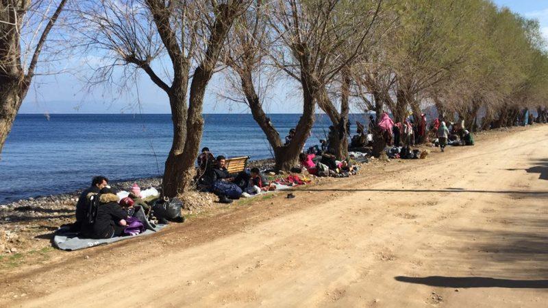 Λέσβος: Οι Τούρκοι αδειάζουν ανθρώπους στη θάλασσα! – Πνίγηκε ένα παιδί – Πάνω από 1000 αφίξεις στα νησιά