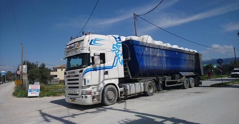 Συνεχίζεται η μεταφορά των σκουπιδιών της Λευκάδας στο Χ.Υ.Τ.Υ. Παλαίρου