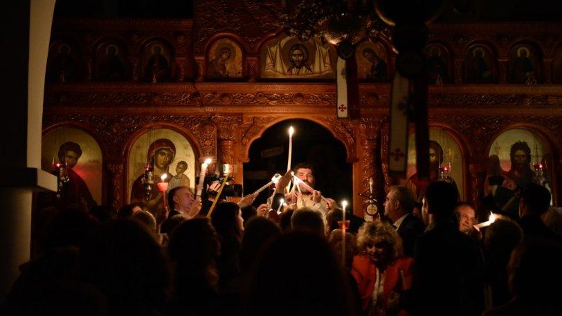 Σενάριο για Ανάσταση στις 9 το βράδυ με ανοιχτές τις Εκκλησίες και υποχρεωτικά self tests