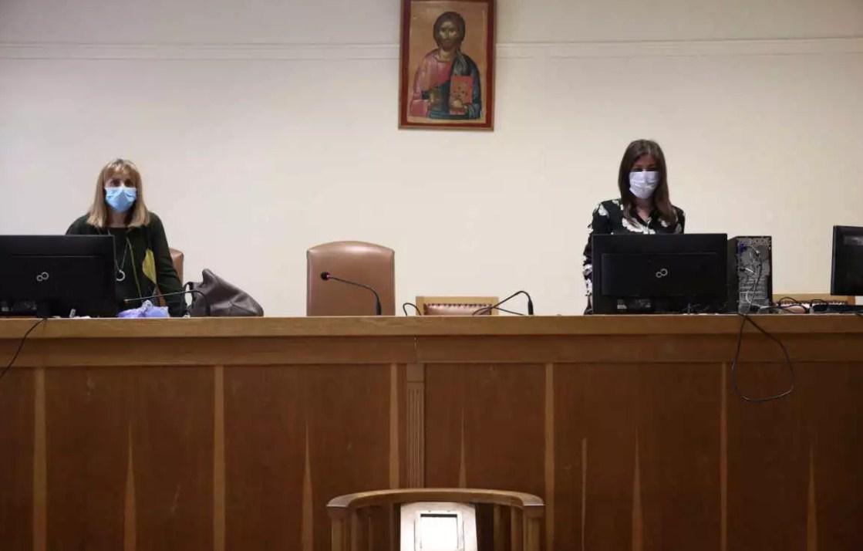 Εικόνες… Contagion στα δικαστήρια της Αθήνας: Αντισηπτικά παντού, μάσκες και αυστηρά μέτρα (φωτο)