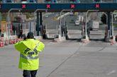 Ουρές στα διόδια, μπλόκα της ΕΛ.ΑΣ και ευφάνταστες δικαιολογίες από τους οδηγούς για την έξοδο του Πάσχα
