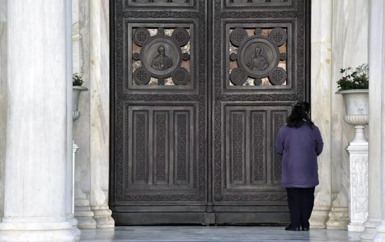 Πέτσας: Έτσι θα ανοίξουν οι εκκλησίες