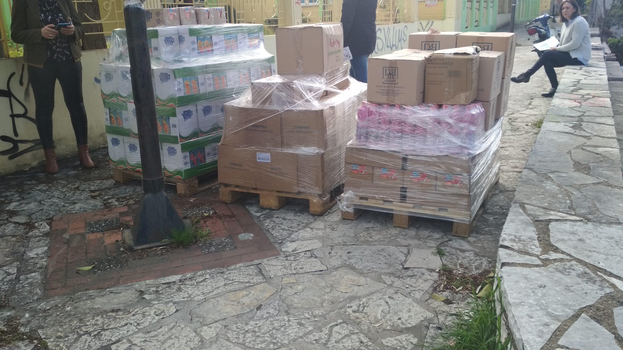 Δήμος Αγρινίου: Ενισχύεται με προσφορές από τοπικούς επιχειρηματίες η ΚΟΙΠΑ (φωτο)