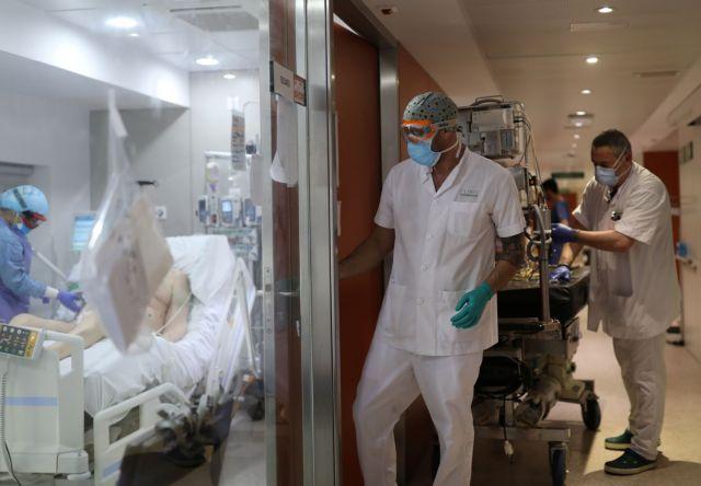 Νέα προειδοποίηση ΠΟΥ: Η πανδημία δεν τελείωσε – Ανησυχία για τα παιδιά
