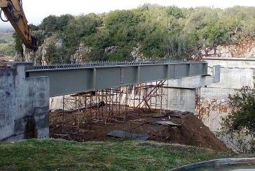 Προχωρούν τα έργα στη νέα γέφυρα Τέμπλας (φωτο)