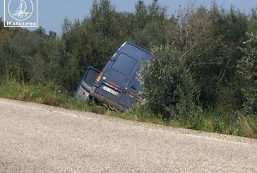 Εκτροπή οχήματος στο 7ο χλμ Αμφιλοχίας – Βόνιτσας