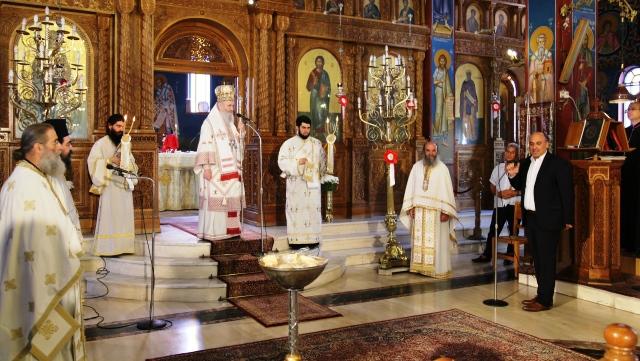 Ναύπακτος: Η πρώτη Αρχιερατική θεία Λειτουργία με πιστούς, μετά από δύο μήνες