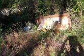 Αγρίνιο: Τώρα και… καναπές πεταμένος σε ρέμα