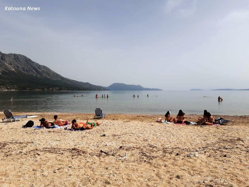 Πολύς κόσμος και στις παραλίες της Αιτωλοακαρνανίας