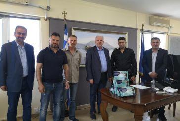 Δωρεά 400 μασκών από αστυνομικούς στον δήμο Μεσολογγίου